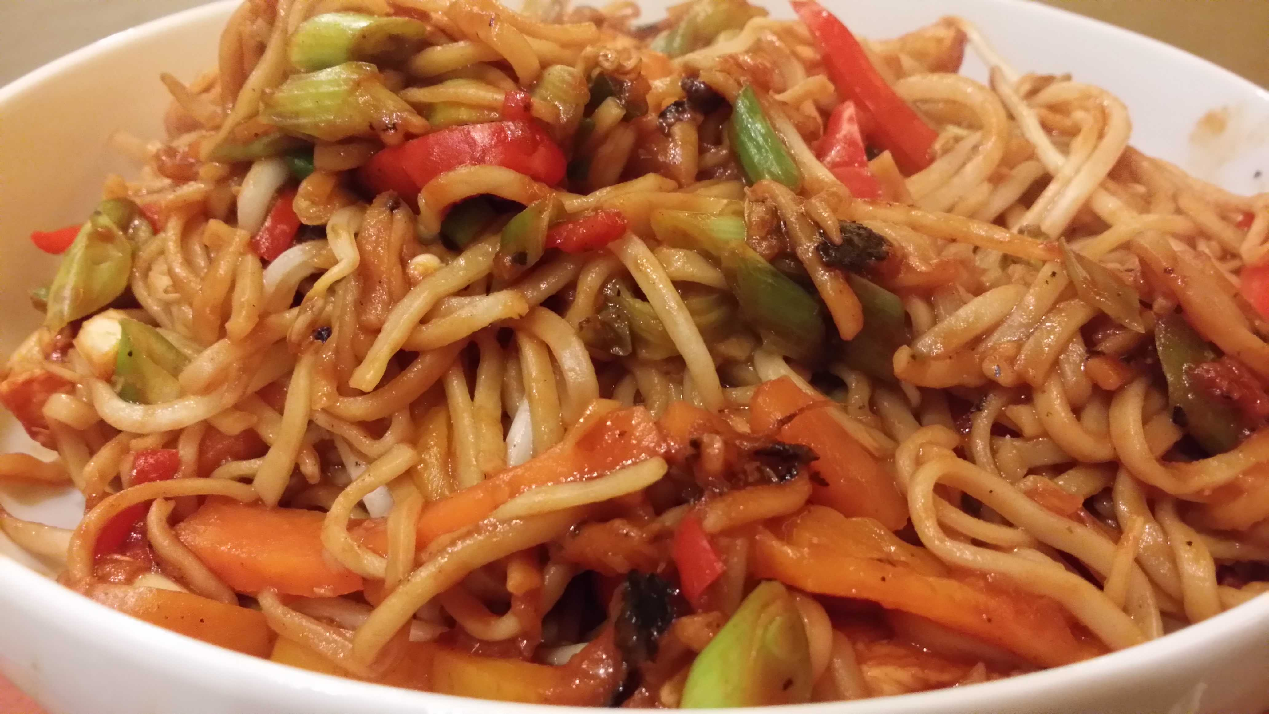 Chicken chow mein petes recipes chicken chow mein forumfinder Image collections